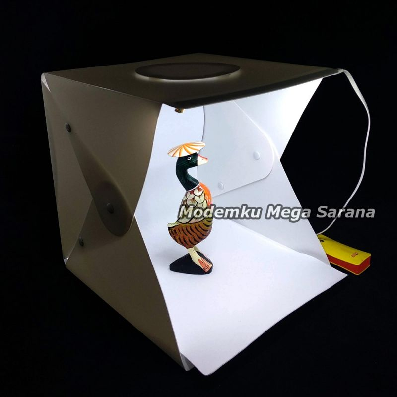 Photo Studio Box Lipat Medium - 30x30x30 cm
